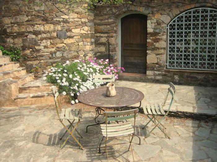 Ancien moulin en pierre sèche à vendre à LA GARDE FREINET, Var